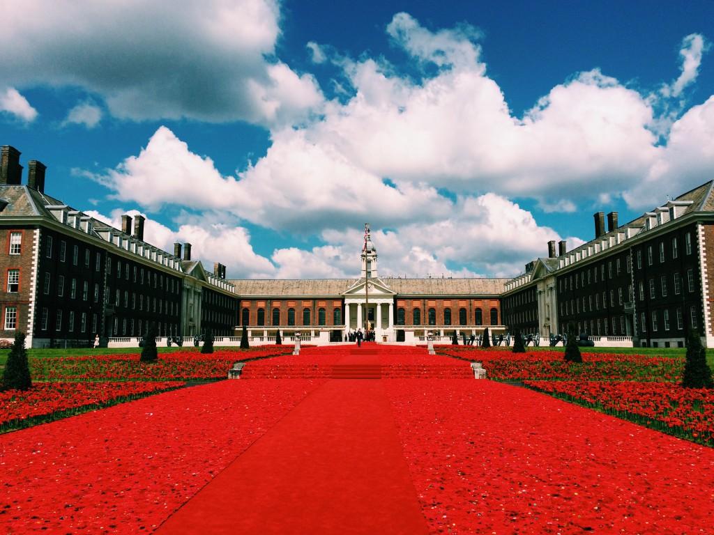 LADYLAND_ladyloop_5000_Poppies_at_Chelsea