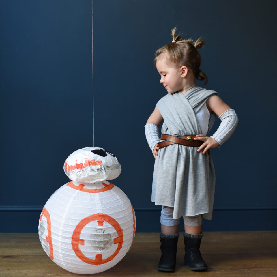 Ladyland-space-costume-rae-bb8-instagram