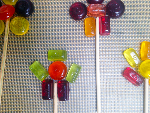 DIY LOLLIPOPS BORED CHILDREN