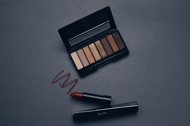 ladyland_bethiehungerford_makeup2