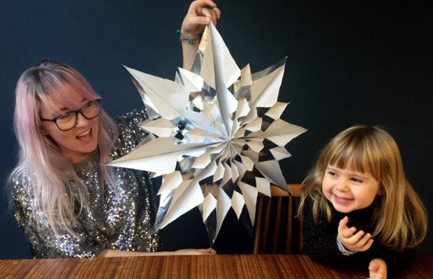 ladyland_paper-snowflake