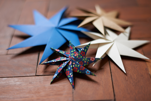 Diy Christmas Paper Stars Ladylandladyland