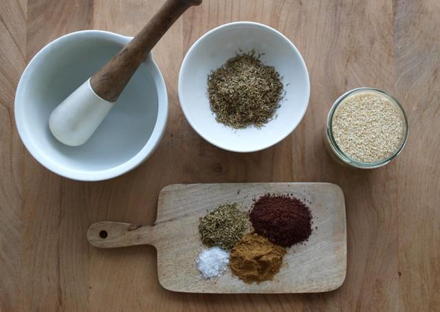 Zaatar-ingredients-2
